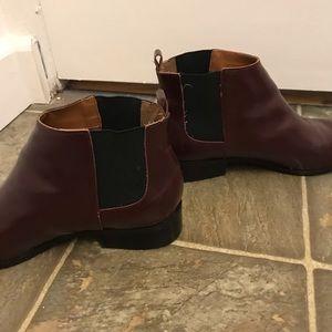 GAP Shoes - Gap Burgundy Chelsea Boot